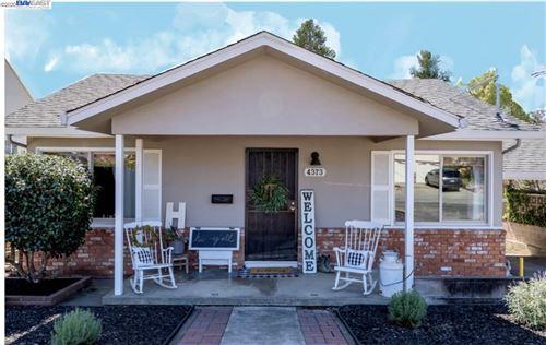 Photo of 4373 James Ave, CASTRO VALLEY, CA 94546 (MLS # 40922459)