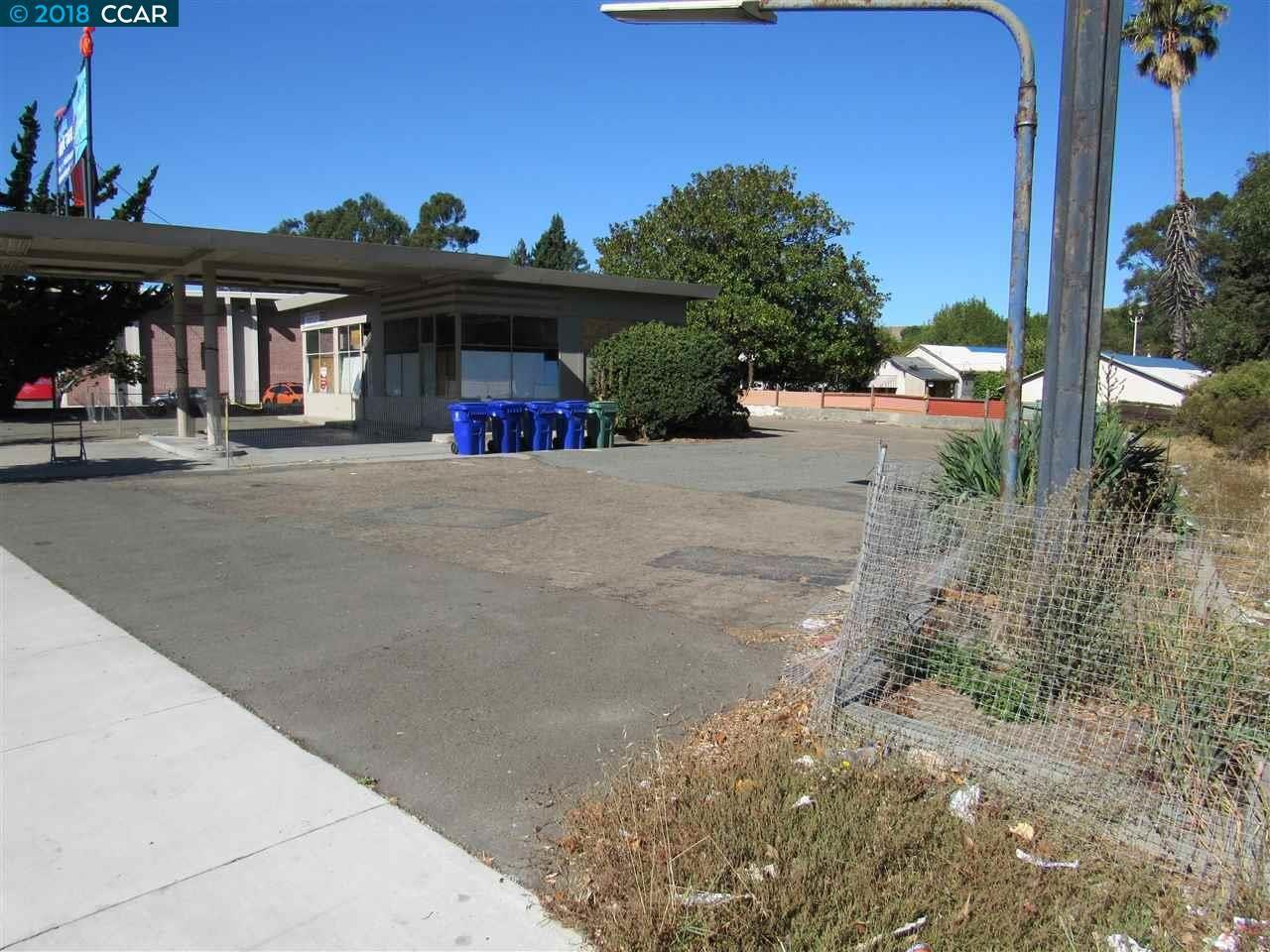Photo of 4011 San Pablo Dam Rd, EL SOBRANTE, CA 94803 (MLS # 40842460)