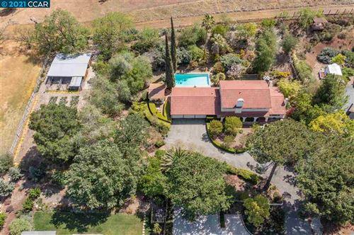 Photo of 575 Pine Creek Road, WALNUT CREEK, CA 94598 (MLS # 40954462)