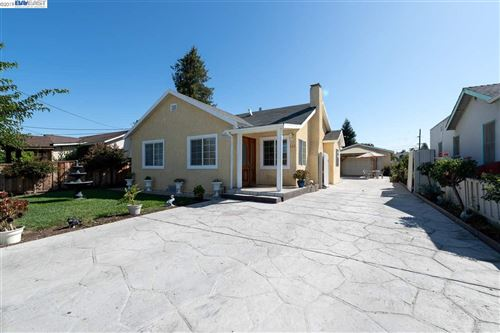 Photo of 642 2nd Ave, REDWOOD CITY, CA 94367 (MLS # 40885463)