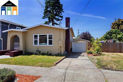 Photo of 1421 Richmond St, EL CERRITO, CA 94530 (MLS # 40905463)