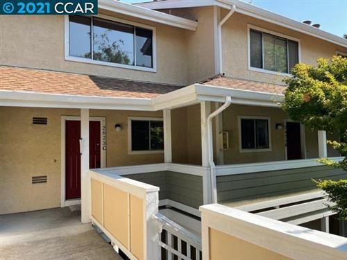 Photo of 2623 Oak Rd #C, WALNUT CREEK, CA 94597 (MLS # 40967463)