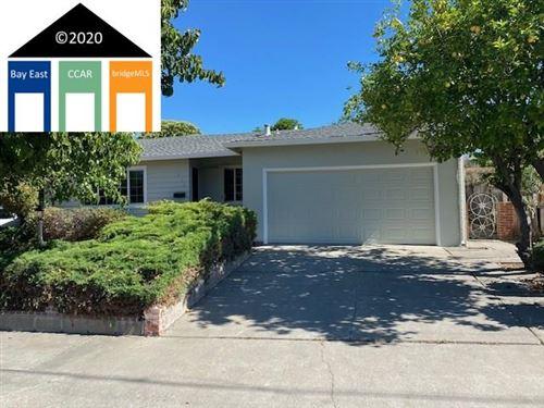 Photo of 912 Hawthorne Ave, ANTIOCH, CA 94509 (MLS # 40906465)
