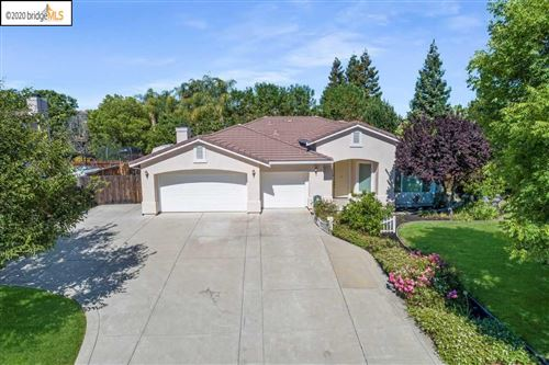 Photo of 917 PORTOFINO DRIVE, BRENTWOOD, CA 94513 (MLS # 40912465)