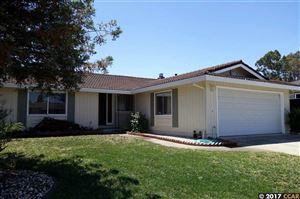 Photo of 141 Dardanelle Ct, MARTINEZ, CA 94553 (MLS # 40804468)