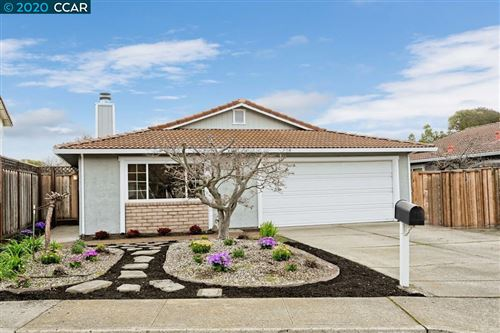 Photo of 524 Mission Place, DANVILLE, CA 94526 (MLS # 40893468)