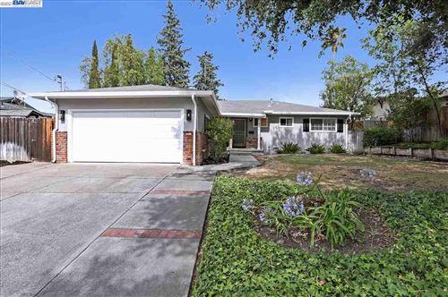 Photo of 4231 Ridge, PITTSBURG, CA 94565 (MLS # 40950468)