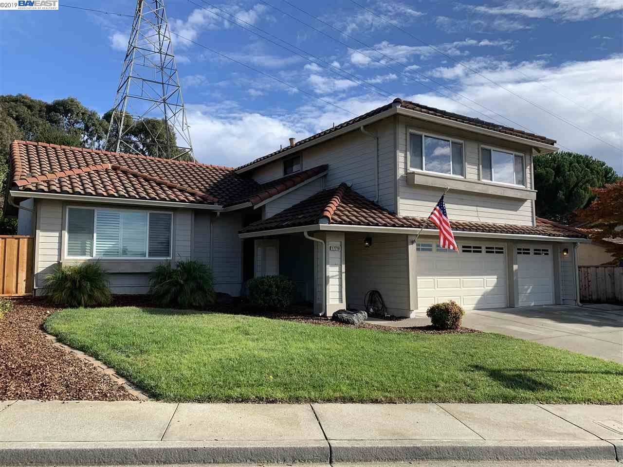 Photo for 17716 Columbia Dr, CASTRO VALLEY, CA 94552 (MLS # 40890468)