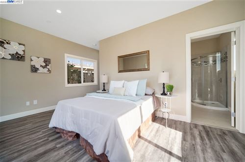 Tiny photo for 10545 Pippin St, OAKLAND, CA 94603 (MLS # 40895469)