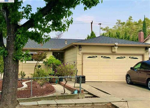 Photo of 1307 TRAUGHBER, MILPITAS, CA 95035 (MLS # 40917469)