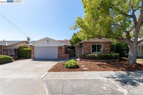 Photo of 4255 Ogden Dr, FREMONT, CA 94538 (MLS # 40912470)