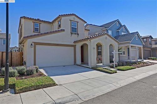 Photo of 39983 Waxwing Drive, NEWARK, CA 94560 (MLS # 40959470)