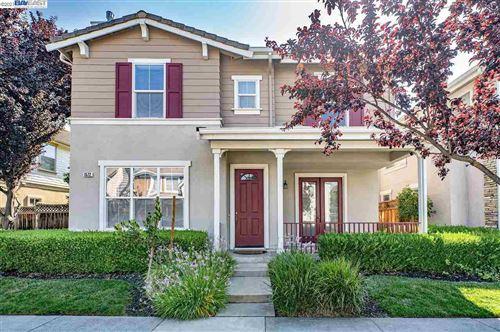 Photo of 1572 Whispering Oaks Way, PLEASANTON, CA 94566 (MLS # 40961470)