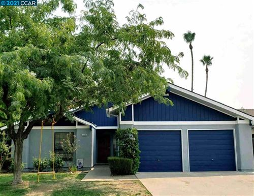 Photo of 8298 N College Ave, FRESNO, CA 93711 (MLS # 40961474)