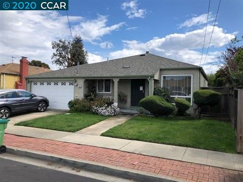 Photo of 335 Barbara Ct, HAYWARD, CA 94544 (MLS # 40900476)