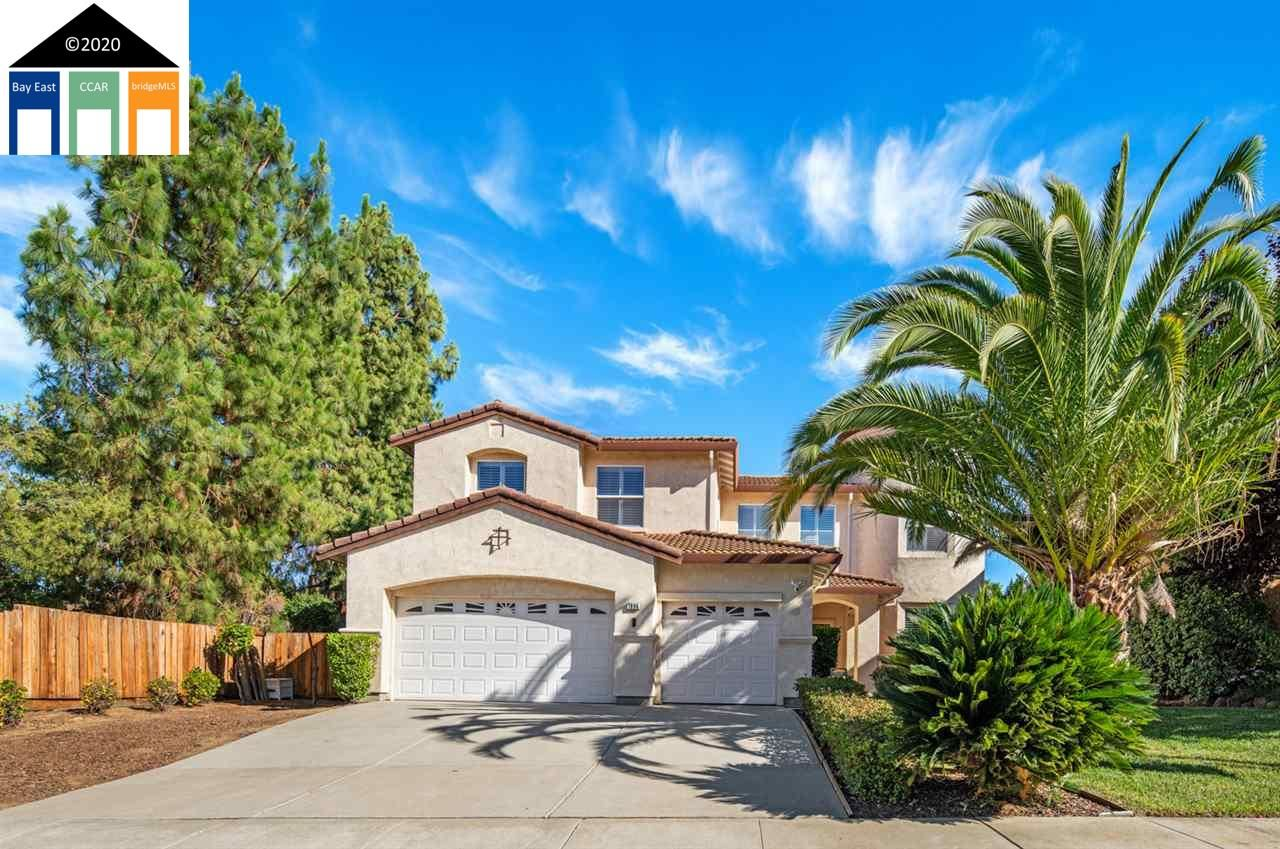 Photo for 1896 Mount Conness Way, ANTIOCH, CA 94531-7493 (MLS # 40910476)