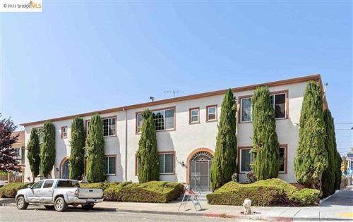Photo of 600 51st Street, OAKLAND, CA 94609 (MLS # 40958477)
