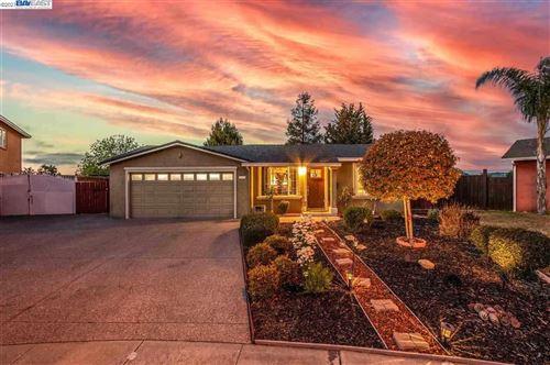 Photo of 7603 Linden Ct, NEWARK, CA 94560 (MLS # 40958478)
