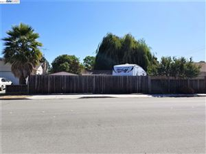 Photo of 37118 Birch St, NEWARK, CA 94560 (MLS # 40882479)