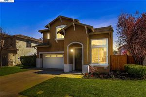 Photo of 1445 Maplewood Dr, LIVERMORE, CA 94551 (MLS # 40818480)