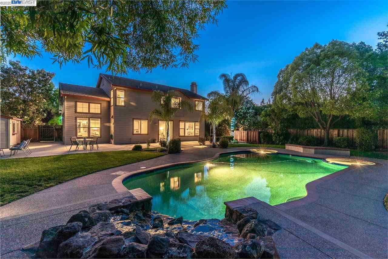 Photo for 1562 Justine Ct, LIVERMORE, CA 94550 (MLS # 40910481)