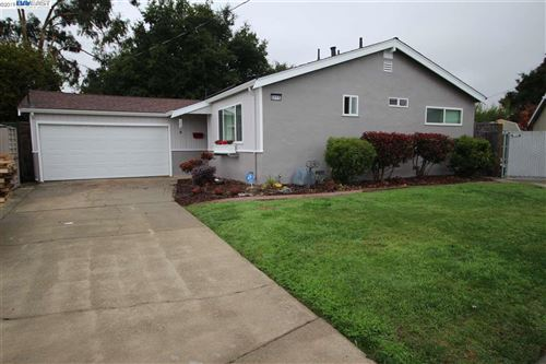 Photo of 2115 Via Murietta, SAN LORENZO, CA 94580 (MLS # 40890482)