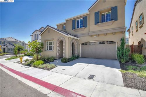 Photo of 7052 Kylemore Cir, DUBLIN, CA 94568 (MLS # 40916482)