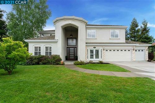 Photo of 120 Forest Hill Dr, CLAYTON, CA 94517 (MLS # 40948482)
