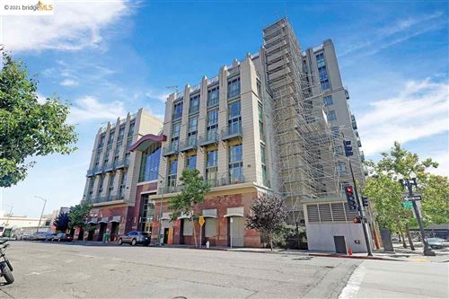 Photo of 423 7Th St #601, OAKLAND, CA 94607 (MLS # 40961482)