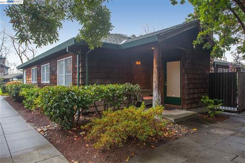 Photo of 503 Centre Ct, ALAMEDA, CA 94502 (MLS # 40890486)