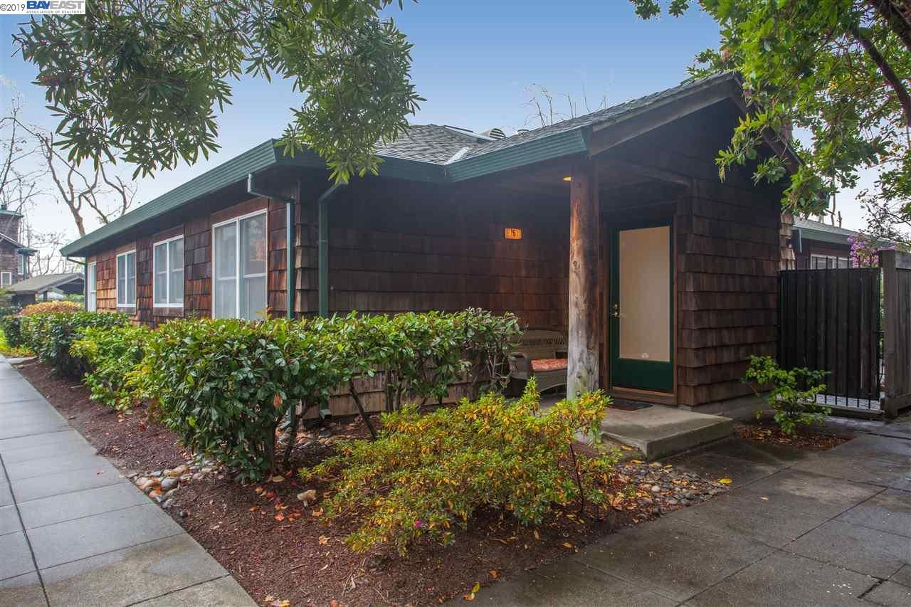 Photo for 503 Centre Ct, ALAMEDA, CA 94502 (MLS # 40890486)