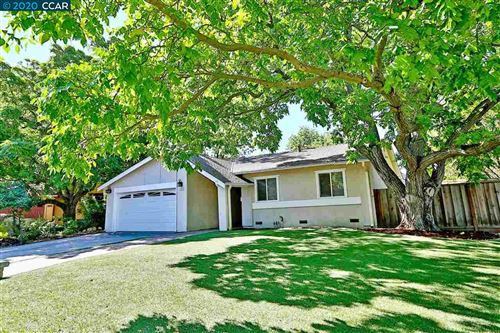 Photo of 1500 Rugby Ct, CONCORD, CA 94518 (MLS # 40915487)