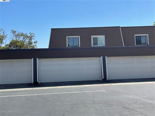 Photo of 2792 Cortez Ct, CASTRO VALLEY, CA 94546 (MLS # 40965487)