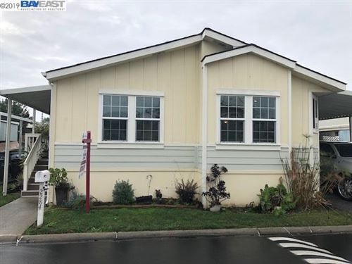 Photo of 2284 Bourbon Drive, HAYWARD, CA 94545 (MLS # 40890488)