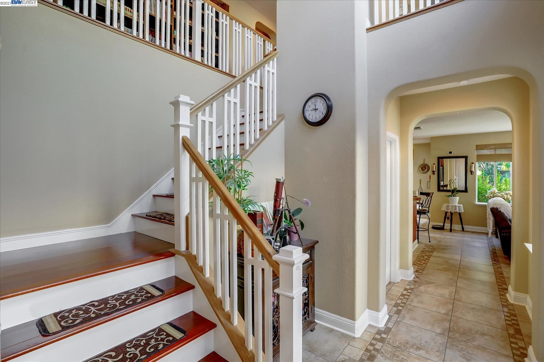 Photo of 1470 Majestic Ln, Brentwood, CA 94513 (MLS # 40970491)