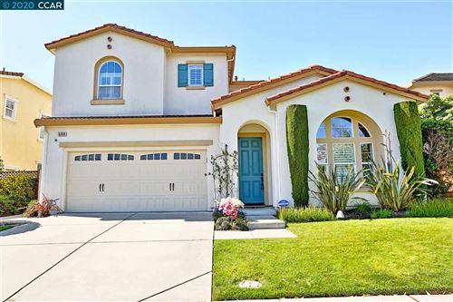 Photo of 5308 N Montecito Ct, CONCORD, CA 94521 (MLS # 40905493)