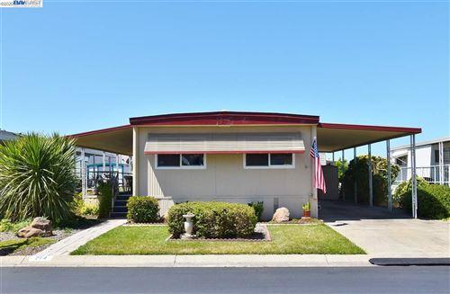 Photo of 214 Santa Susana, SAN LEANDRO, CA 94579 (MLS # 40911493)