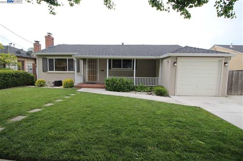 Photo of 1975 Trombas Ave, SAN LEANDRO, CA 94577 (MLS # 40959494)