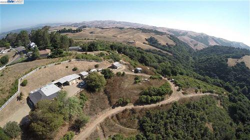Photo of 26520 Fairview Ave, HAYWARD, CA 94542 (MLS # 40919495)
