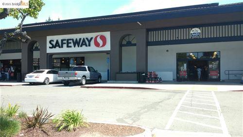 Photo of 5123 Jensen Rd, CASTRO VALLEY, CA 94546 (MLS # 40933495)