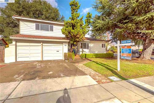 Photo of 3464 Christensen Ln, CASTRO VALLEY, CA 94546 (MLS # 40890499)