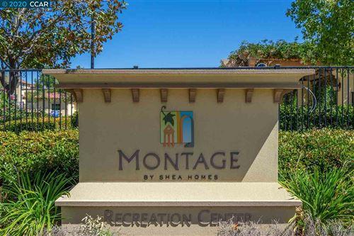 Photo of 560 Dovecote Ln #2, LIVERMORE, CA 94551 (MLS # 40911499)