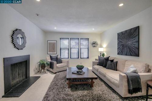 Photo of 385 Camelback Rd #8, PLEASANT HILL, CA 94523 (MLS # 40913499)