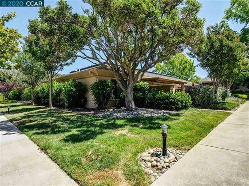 Photo of 2233 Pine Knoll Dr #1, WALNUT CREEK, CA 94595 (MLS # 40911501)