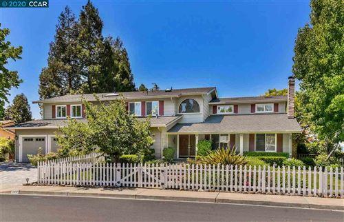 Photo of 404 Boundary Oak Way, WALNUT CREEK, CA 94598 (MLS # 40915503)
