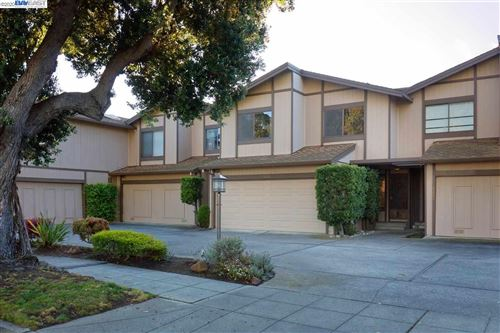 Photo of 1228 Ballena Blvd, ALAMEDA, CA 94501 (MLS # 40898504)