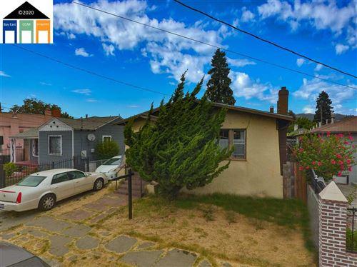 Photo of 6926 Lockwood Street, OAKLAND, CA 94621 (MLS # 40915505)