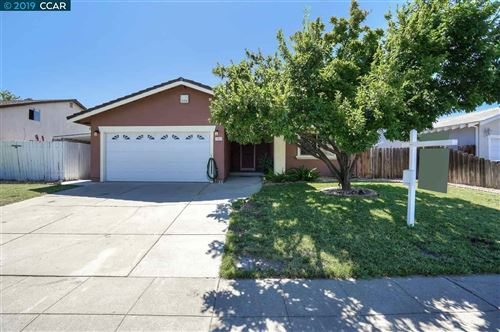 Photo of 1182 Bluebell Dr, LIVERMORE, CA 94551 (MLS # 40874506)
