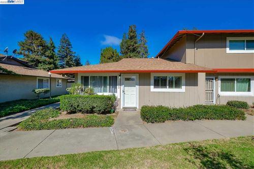 Photo of 3322 Owen Cmn, FREMONT, CA 94536 (MLS # 40922506)