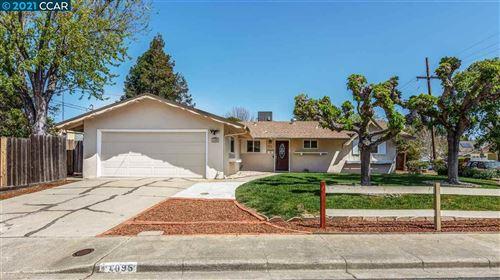 Photo of 4095 Hamlet Dr, CONCORD, CA 94521 (MLS # 40945506)